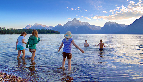 Yellowstone & Tetons Family Multisport Tour